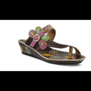 L'Artiste Sandals NWOT